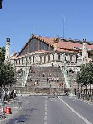 300px-Gare_de_Saint-Charles_Marseille_FRA_001